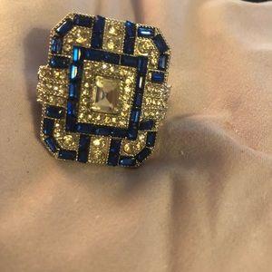 Jewelry - Stunning Statement Ring!